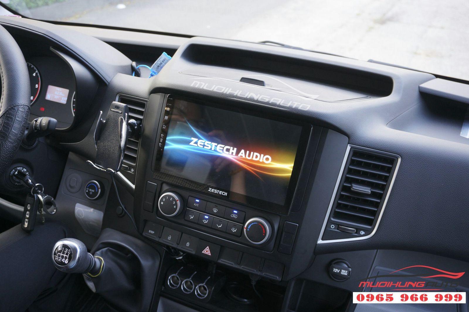 DVD Zestech Z500 khuấy động thị trường phụ kiện ô tô 08