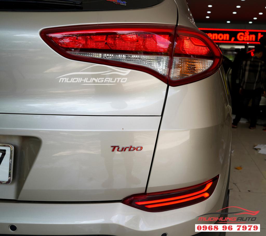 Đèn Led cản sau Hyundai Tucson 2018 Zin theo xe 02