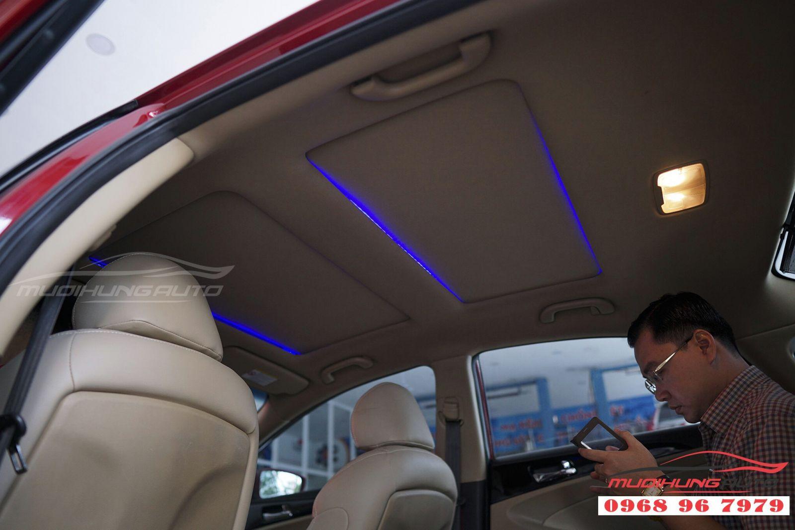Độ LED trần nội thất cho Sonata tại TP HCM 02