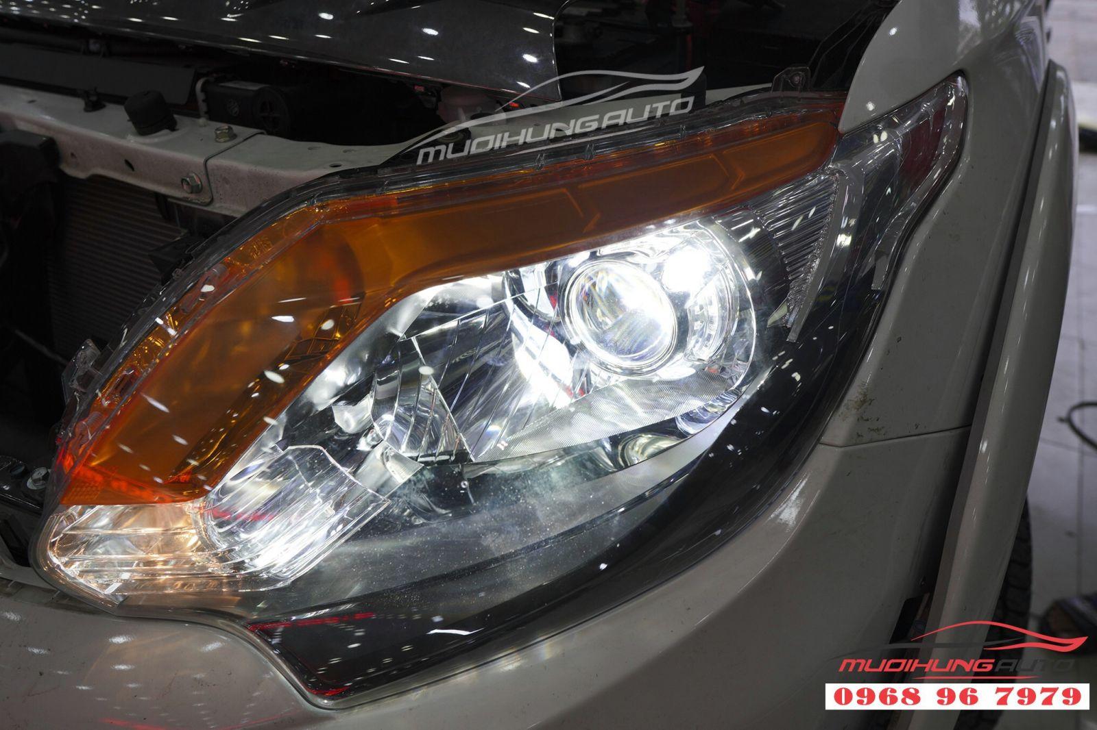 Độ bi gầm và bi pha tăng sáng cho ô tô tại TPHCM 05