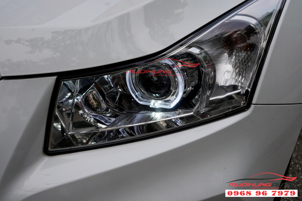 Độ bixenon đèn pha Chevrolet Cruze 2017 chuyên nghiệp tại tphcm