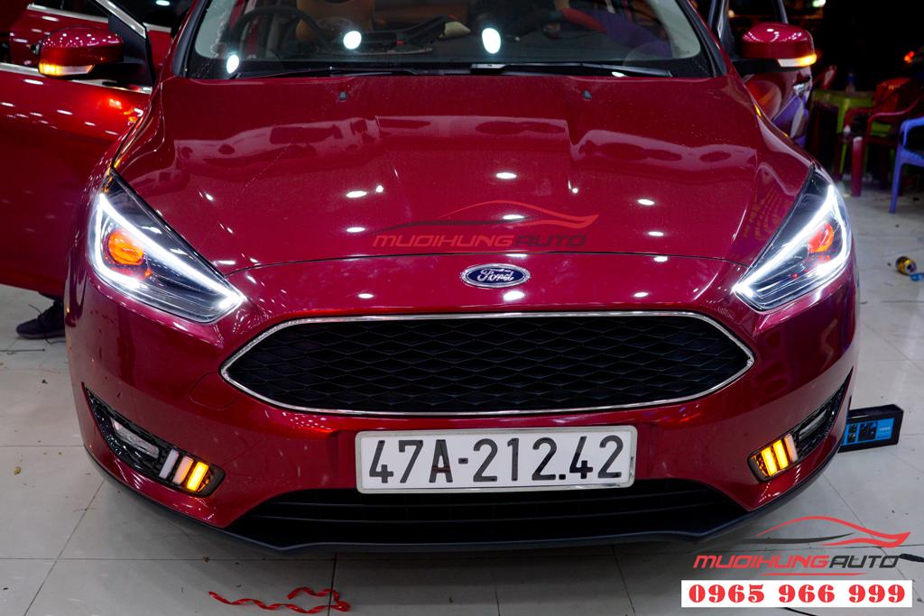 Độ Bixenon đèn pha Ford Focus tại tphcm