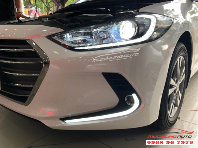Độ đèn led cản trước Hyundai Elantra 2018 02