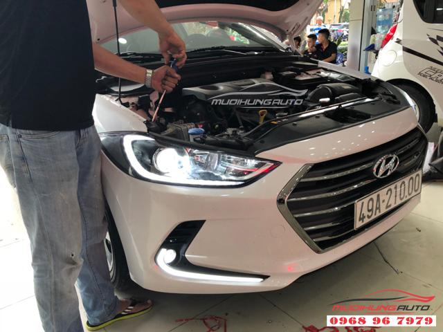 Độ đèn led cản trước Hyundai Elantra 2018 03
