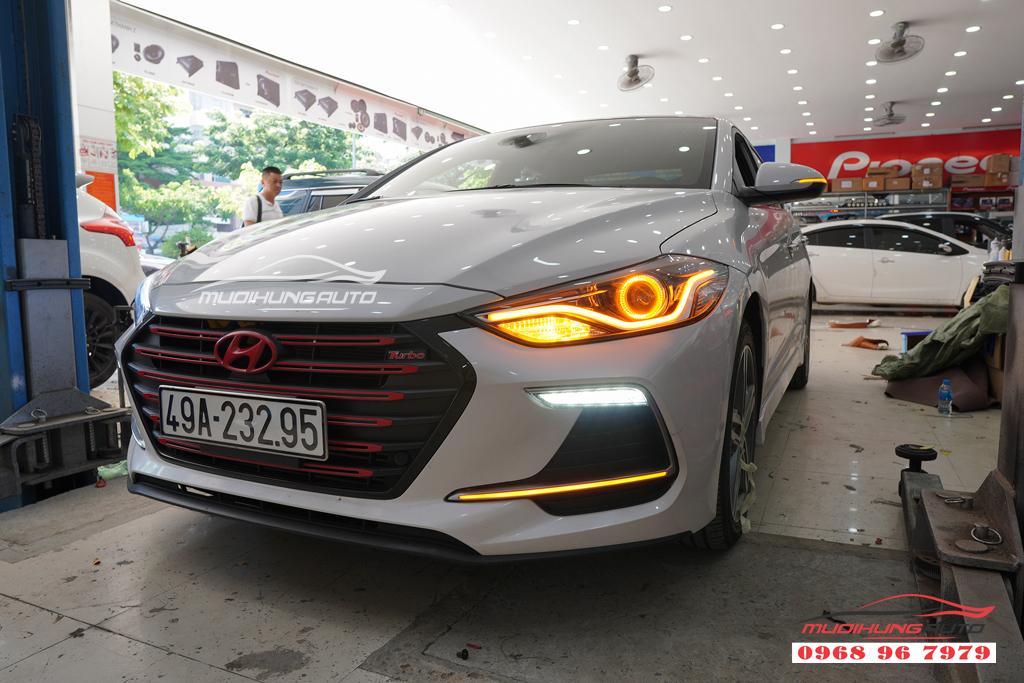 Độ đèn led cản trước Hyundai Elantra 2018 04