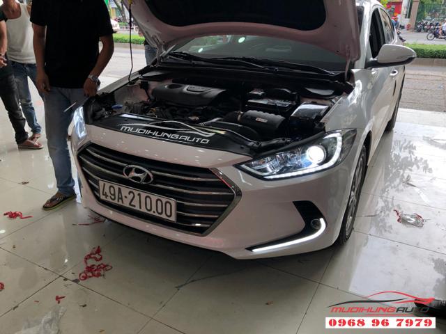Độ đèn led cản trước Hyundai Elantra 2018 06