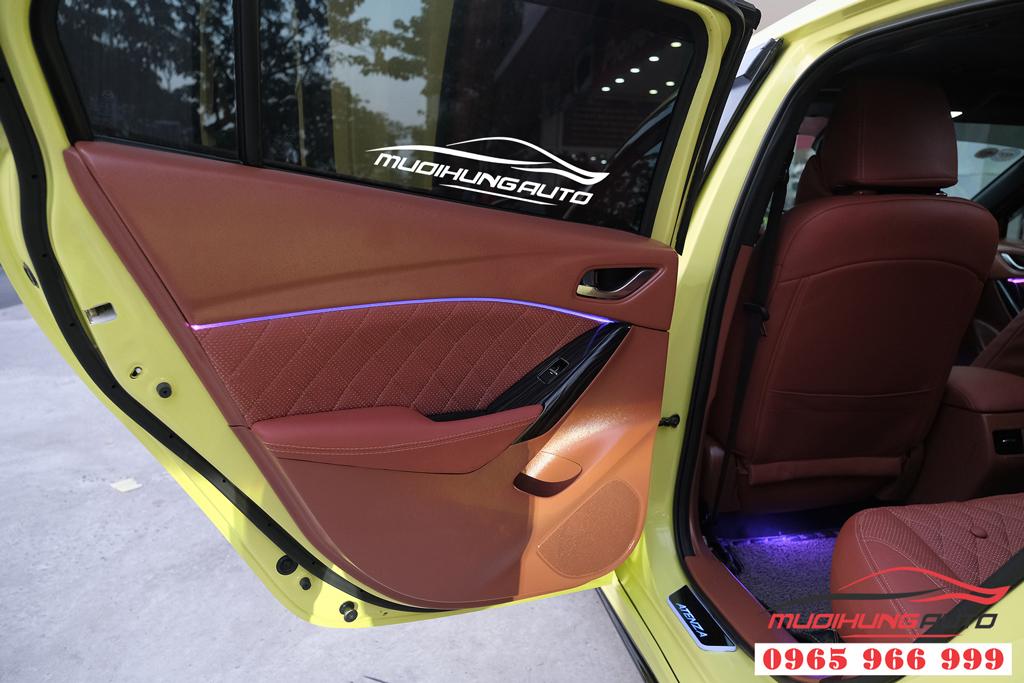 Mazda 6 độ LED nội thất cao cấp