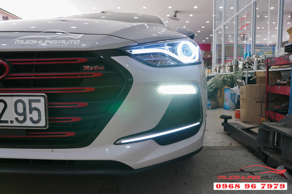 Độ đèn Led pha Hyundai Elantra 2018 chuyên nghiệp 07