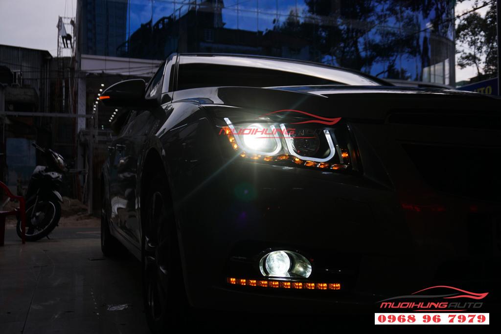 Bệ bước ngoài theo xe Lexus NX300 Chính hãng