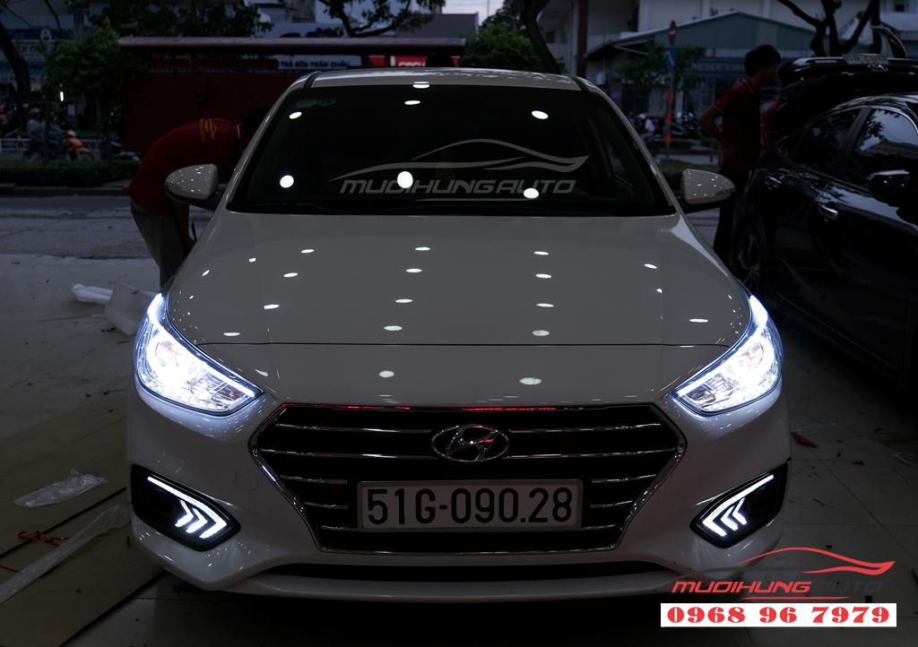 Độ đèn Pha xe Hyundai ACCENT uy tín 04