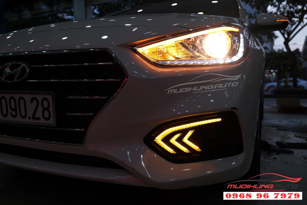 Độ đèn Pha xe Hyundai ACCENT uy tín 02