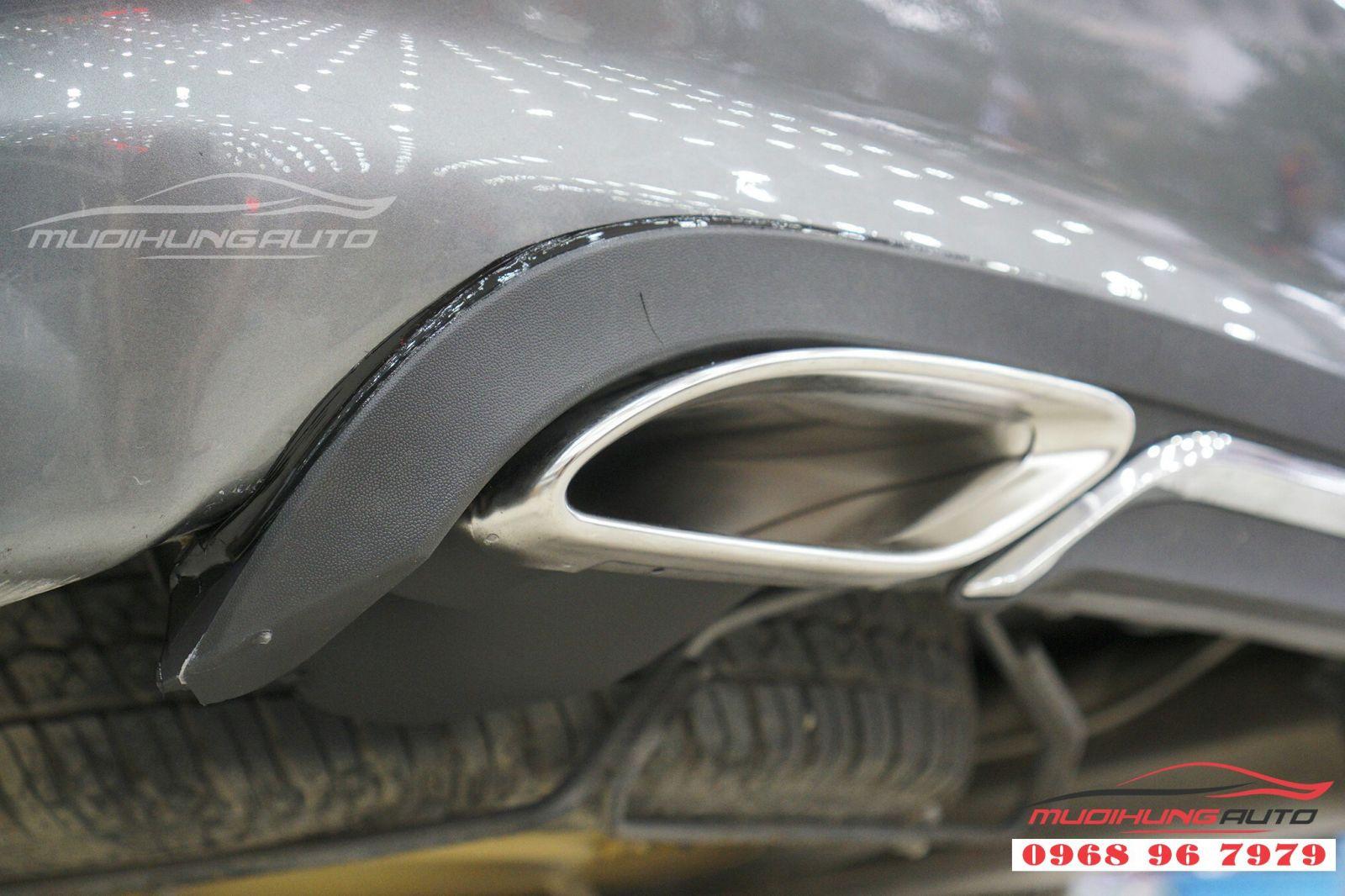 Độ ốp pô kiểu Mercedes đẳng cấp cho Grandis 02