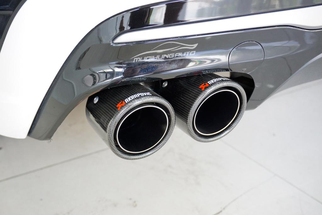 Độ pô Akrapovic thể thao Hyundai Elantra mới nhất 2019 01