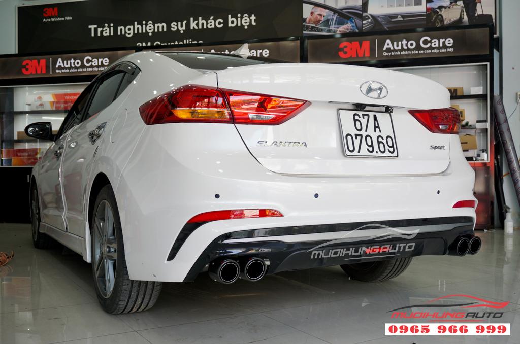 Độ pô Akrapovic thể thao Hyundai Elantra mới nhất 2019 03
