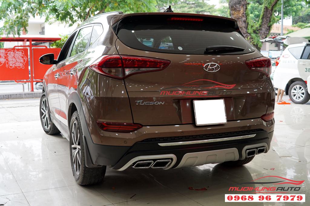 Độ pô thể thao Hyundai Tucson 2018 mẫu mer AMG chính hãng