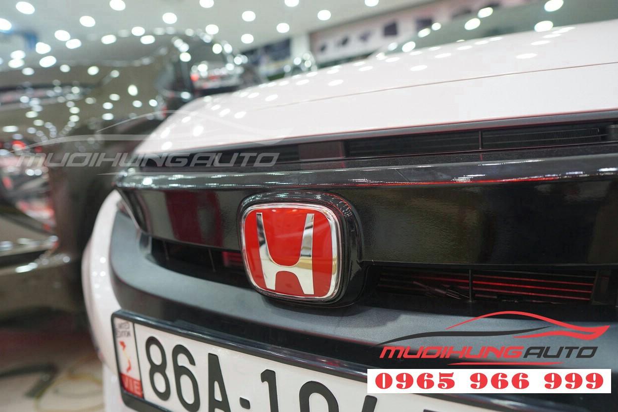 Độc đáo hơn với Logo xe Honda Civic 2019 tại TP HCM 05