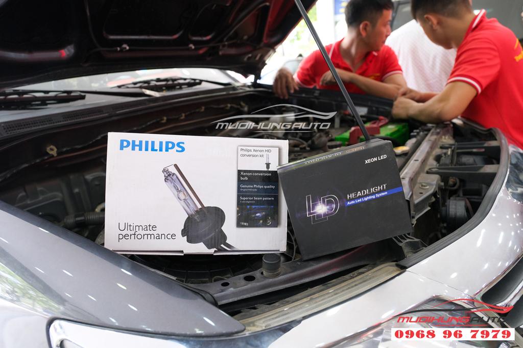 Fortuner 2012 thay bóng xenon và LED pha uy tín 03