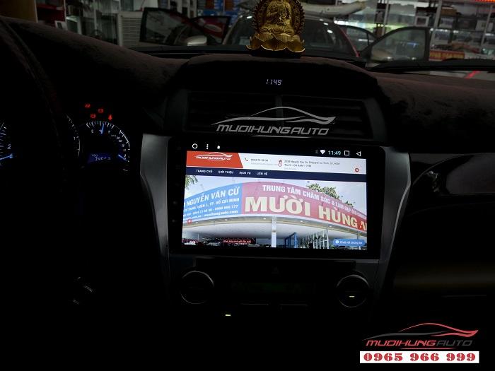 Gắn Dvd theo xe Toyota Camry chính hãng giá rẻ 05