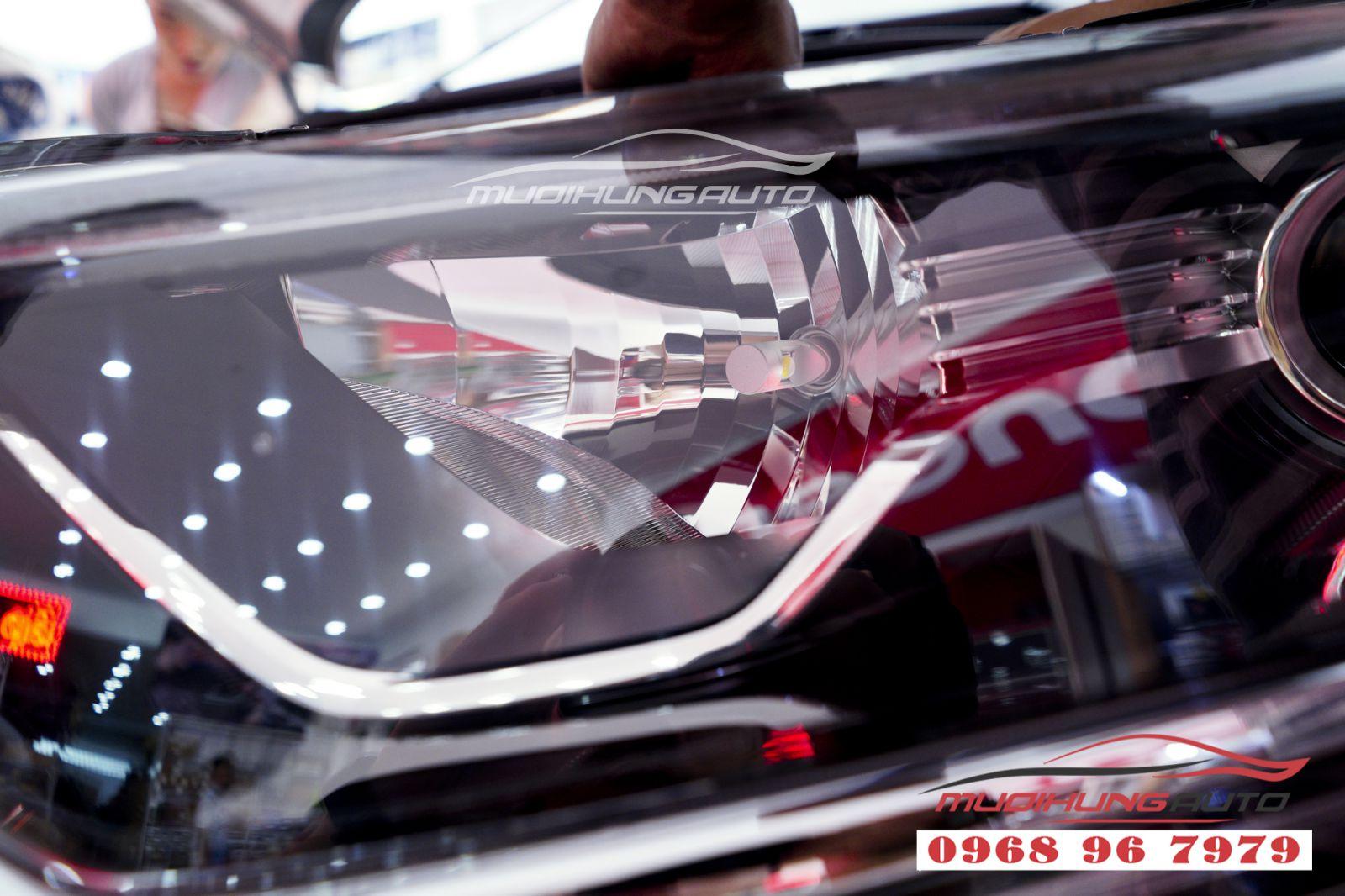 Gắn bóng led siêu sáng Honda Crv 2019 chính hãng 02