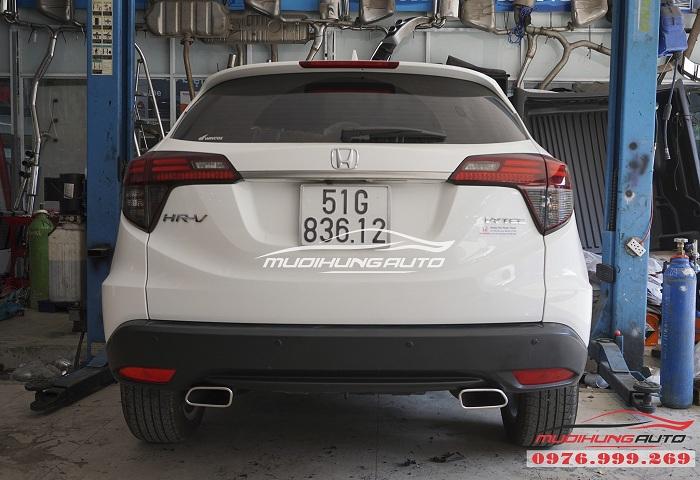 Honda HRV mạnh mẽ hơn với Pô Inox vuông 05