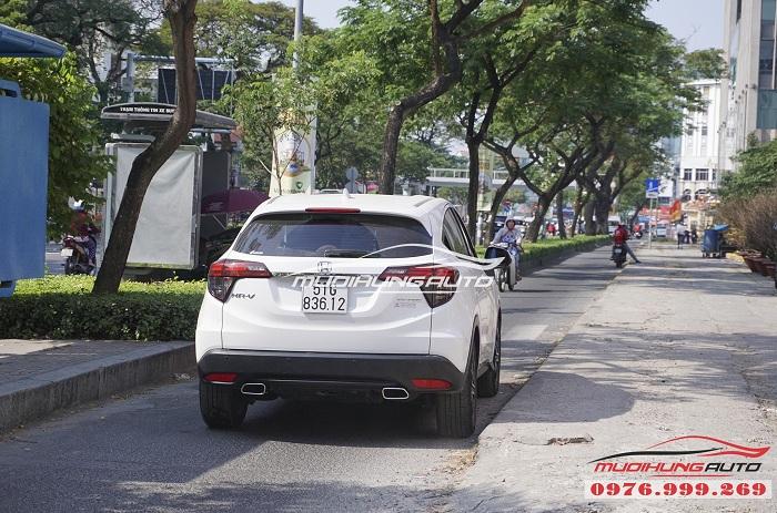 Honda HRV mạnh mẽ hơn với Pô Inox vuông 01