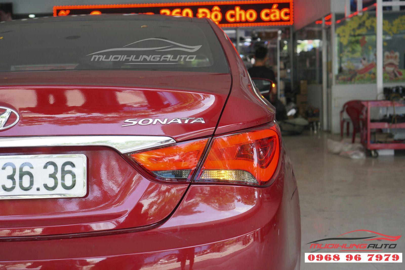 Hyundai Sonata 2011 độ đèn hậu nguyên cụm giá tốt 04
