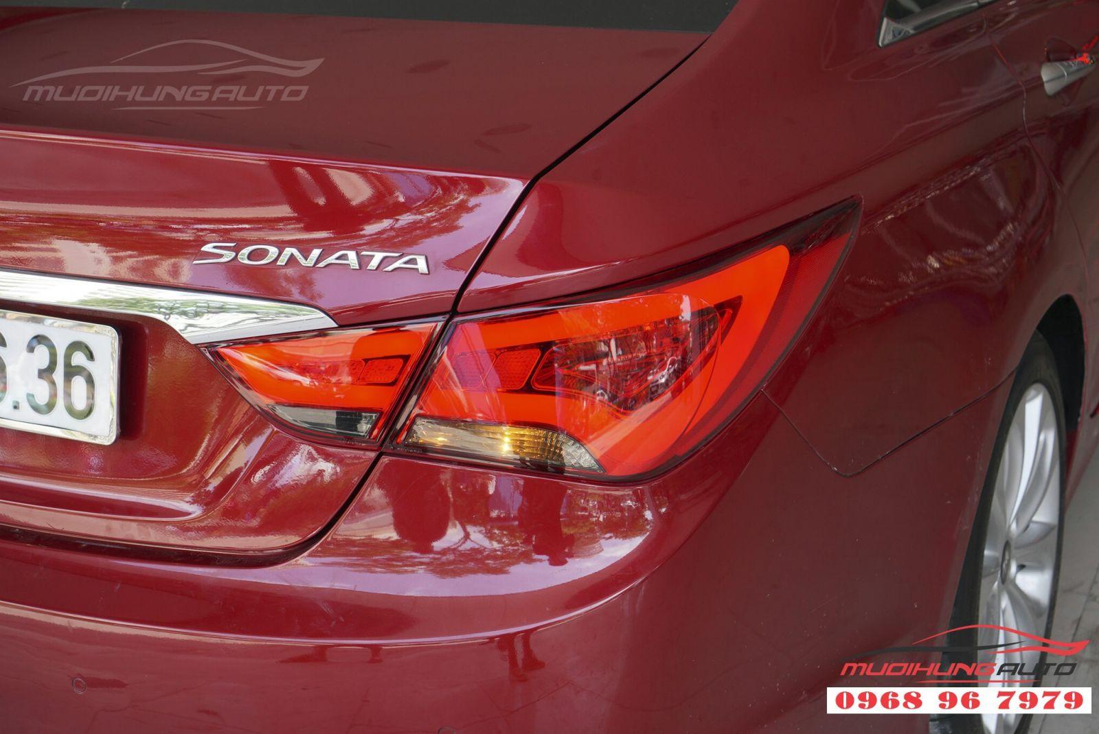Hyundai Sonata 2011 độ đèn hậu nguyên cụm giá tốt 06