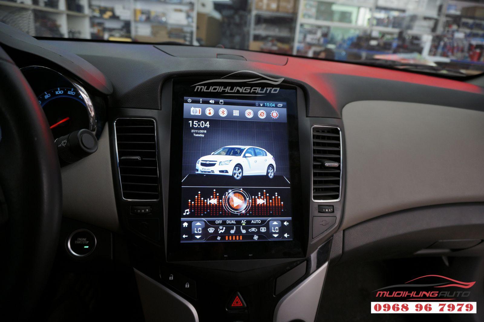 Lắp màn hình DVD Tesla Chevrolet Cruze chính hãng 04