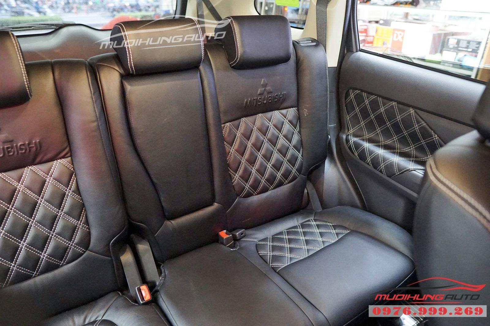 Mitsubishi Outlander bọc ghế cao cấp giá rẻ tại TPHCM 09