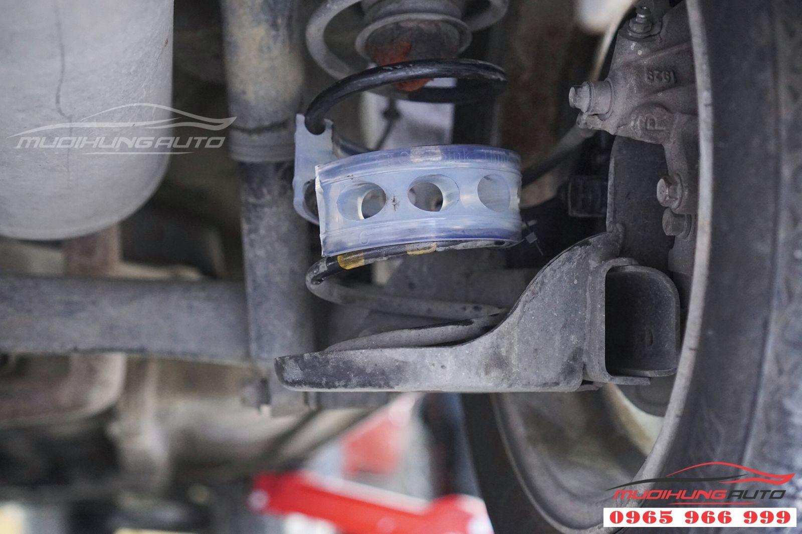 Đệm giảm chấn TTC cho Hyundai Grand i20 giá tốt 01
