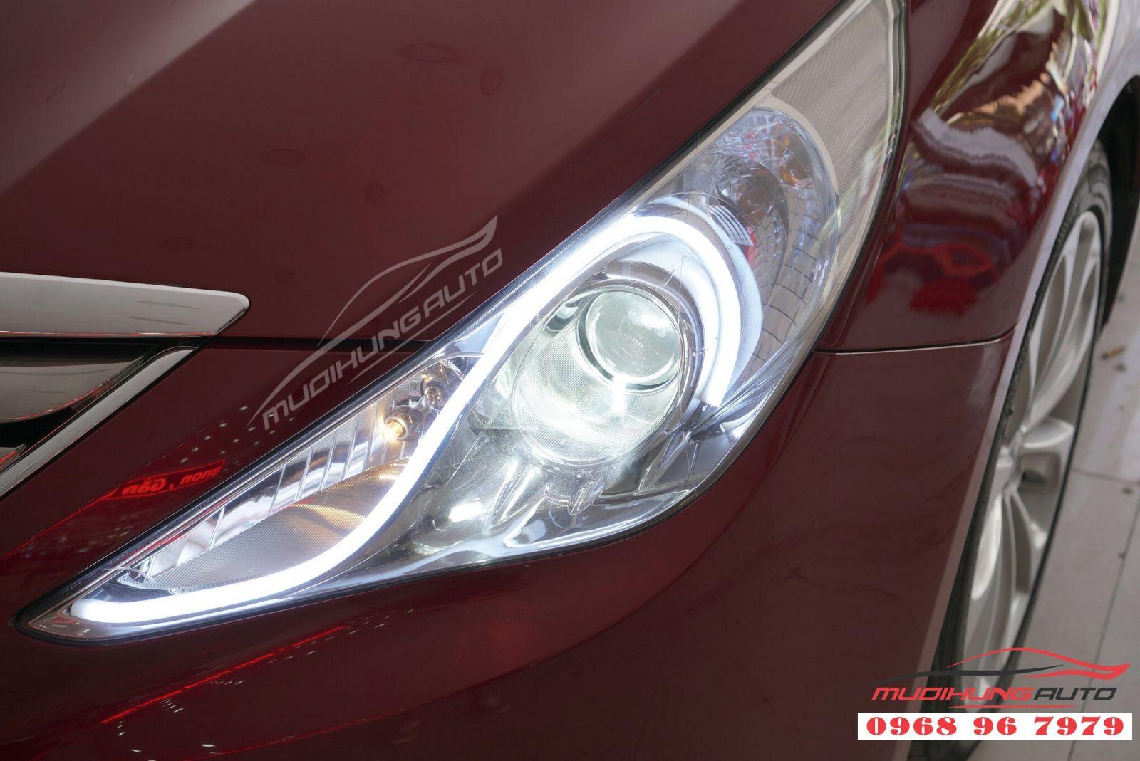 Sonata 2011 sắc sảo hơn với độ LED mí Audi 07