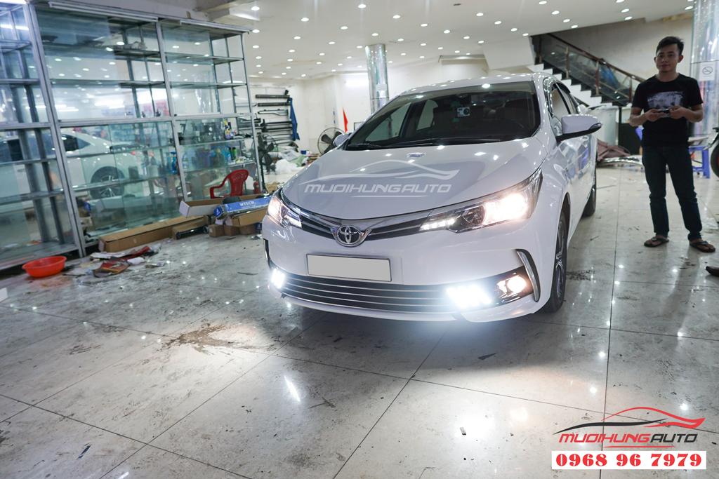 Thay led cản Toyota Altis 2019
