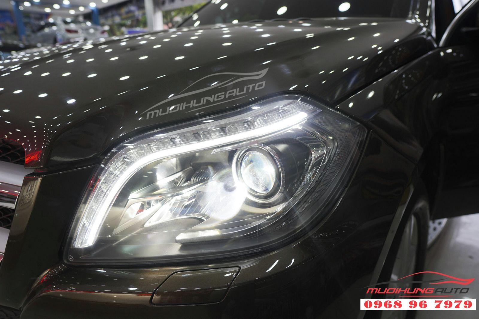 Thay Bi Xenon đèn pha cho Mercedes GLS 02