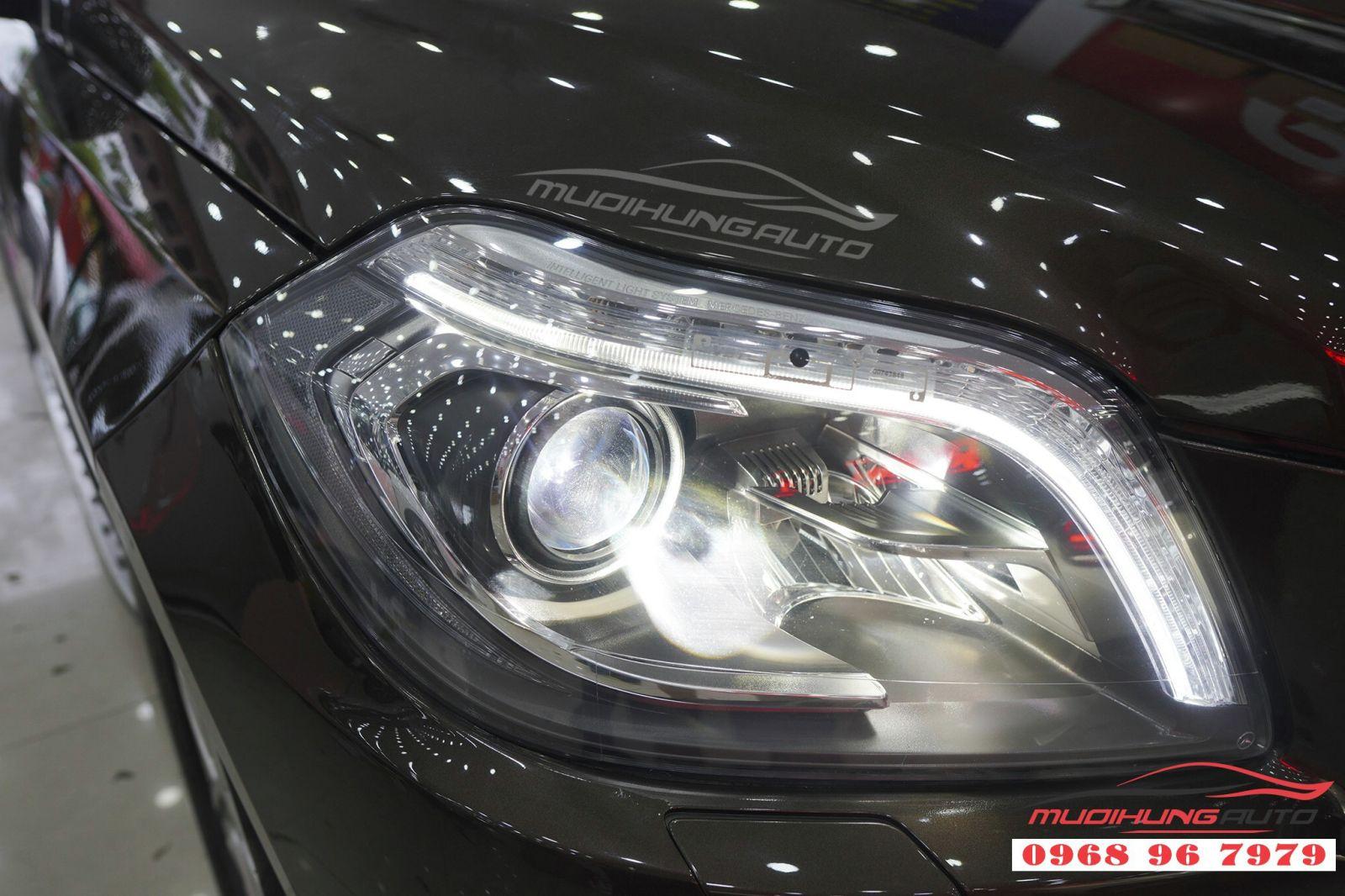 Thay Bi Xenon đèn pha cho Mercedes GLS 03