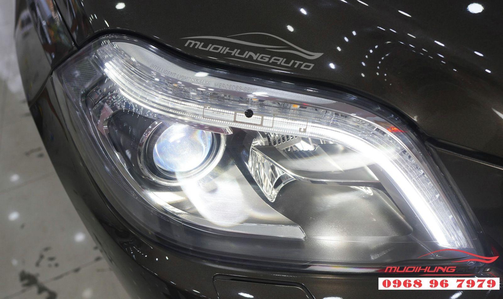 Thay Bi Xenon đèn pha cho Mercedes GLS 05