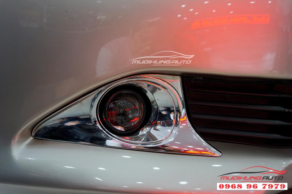 Thay đèn nguyên cụm Camry 2014 chính hãng giá rẻ 02