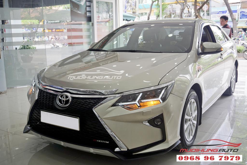 Toyota Camry 2.0 Độ thành Lexus Đẳng cấp 01