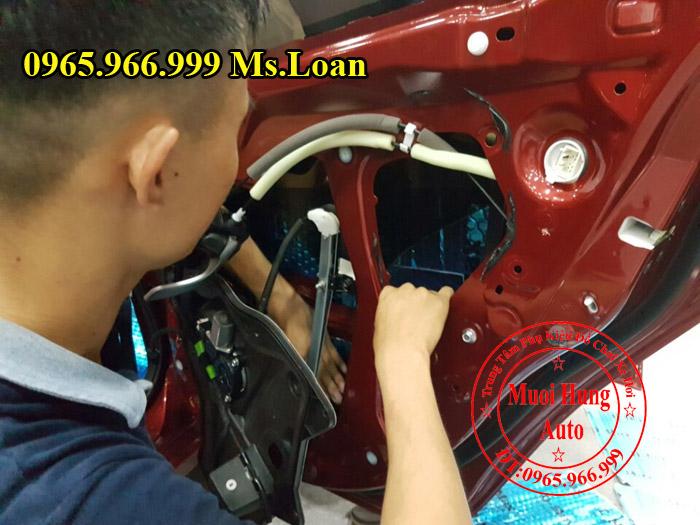 Cách Âm Chống Ồn D-Max Cho Xe Mazda 3 02