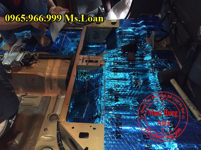 Dán Cách Âm Chống Ồn D-Max Xe Ford Ranger 01