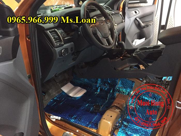 Dán Cách Âm Chống Ồn D-Max Xe Ford Ranger 05