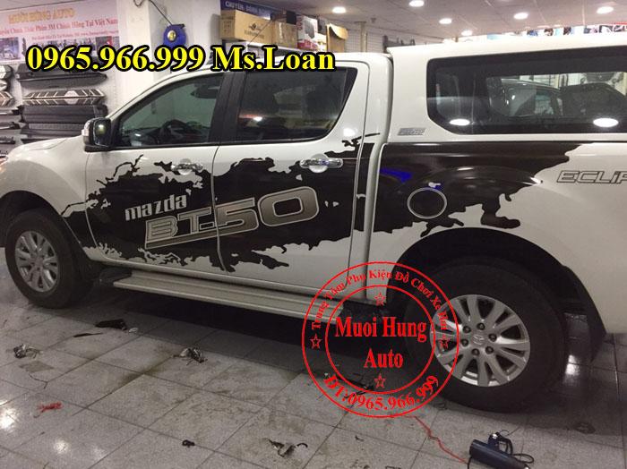Dán Decal Tem Cho Mazda BT50 2016, 2017