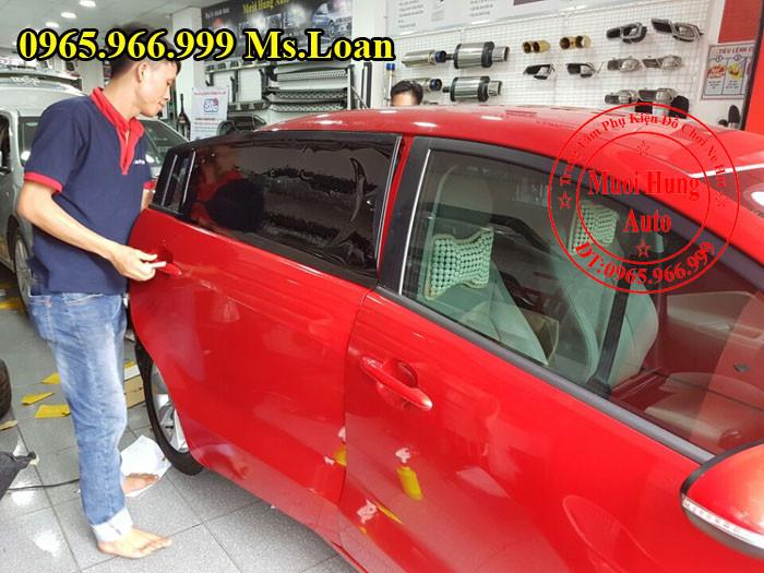 Dán Phim Cách Nhiệt 3M Xe Ford Focus 03