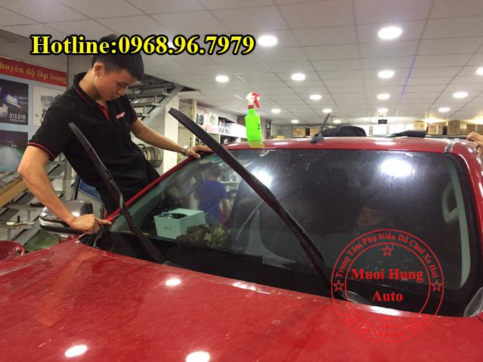 Dán Phim Cách Nhiệt 3M Xe Toyota Hilux 02