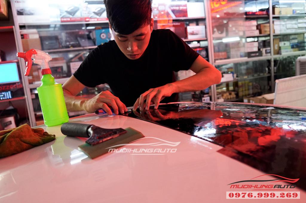 Dán phim chống nóng Llumar Hyundai Elantra Chính hãng 01