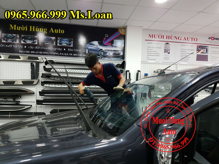 Dán Phim Cách Nhiệt Llumar Xe Audi Q7 03