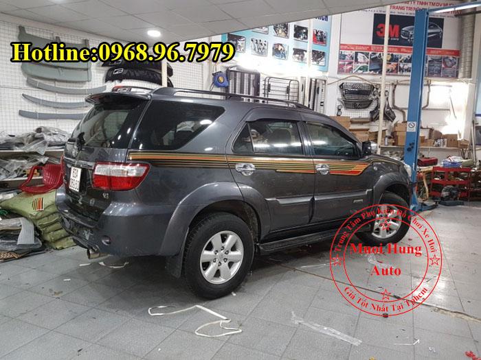 Dán Tem Toyota Fortuner Chuyên Nghiệp Tại Tphcm 01