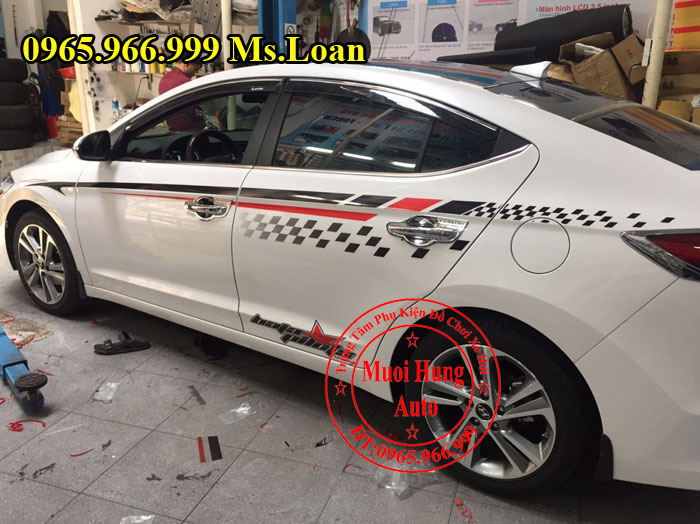 Dán Tem Cho Xe Hyundai Elantra 2016, 2017 01