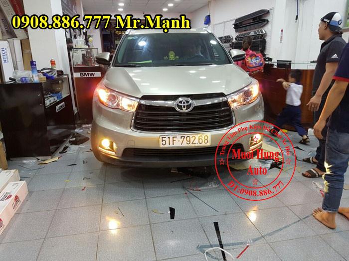 Độ Đèn Cho Xe Toyota Highlander Tại Tphcm 04