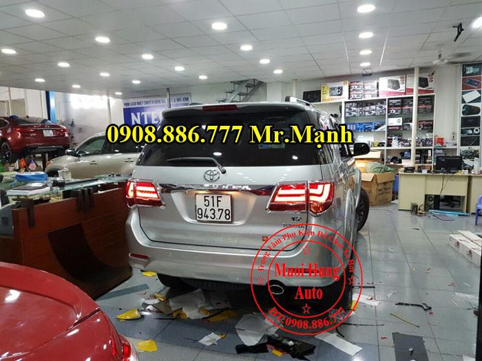Độ Đèn Hậu Toyota Fortuner Tại Tphcm 01