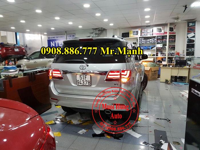 Độ Đèn Hậu Toyota Fortuner Tại Tphcm 04